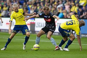 Johan Larsson (Br�ndby IF), Christian Jakobsen (S�nderjyskE)