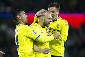 Johan Larsson, anf�rer (Br�ndby IF), Lasse Vigen Christensen (Br�ndby IF) Joel Kabongo (Br�ndby IF)