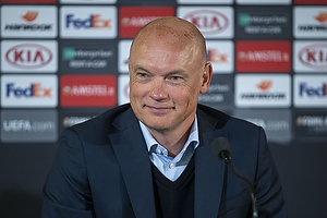 Uwe R�sler , cheftr�ner (Malm� FF)