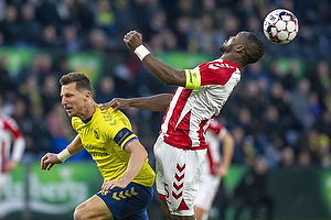 Kamil Wilczek, anf�rer (Br�ndby IF), Jores Okore, anf�rer (Aab)