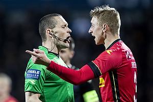 Mads-Kristoffer Kristoffersen, dommer, Ulrik Ytterg�rd Jenssen (FC Nordsj�lland)