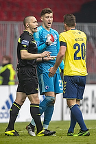 Mads-Kristoffer Kristoffersen, dommer, Kamil Wilczek (Br�ndby IF), Jesse Joronen (FC K�benhavn)