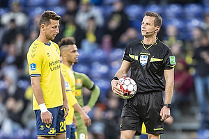 Kamil Wilczek (Br�ndby IF), Morten Krogh, dommer
