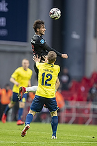 Jakob Poulsen, anf�rer (FC Midtjylland), Simon Tibbling (Br�ndby IF)