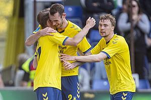 Simon Hedlund, m�lscorer (Br�ndby IF), Jens Martin Gammelby (Br�ndby IF), Simon Tibbling (Br�ndby IF)