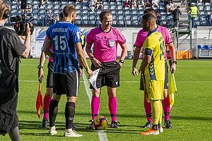 Kevin Mensah, anf�rer (Br�ndby IF), Timo Furuholm (FC Inter Turku)