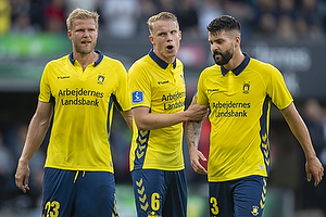 Paulus Arajuuri (Br�ndby IF), Hj�rtur Hermannsson (Br�ndby IF), Anthony Jung (Br�ndby IF)