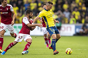 Kamil Wilczek, anf�rer (Br�ndby IF), Ricardo Esgaio (S.C. Braga)