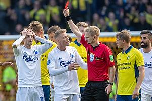 Rasmus Falk (FC K�benhavn), J�rgen Daugbjerg Burchardt, dommer, Viktor Fischer (FC K�benhavn)