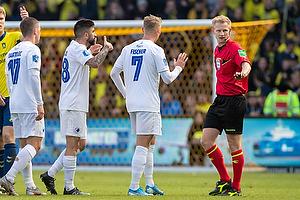 J�rgen Daugbjerg Burchardt, dommer, Viktor Fischer (FC K�benhavn), Michael Santos (FC K�benhavn), Karlo Bartolec (FC K�benhavn)