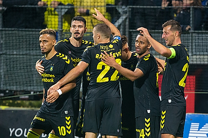 Hany Mukhtar (Br�ndby IF), Kevin Mensah (Br�ndby IF), Kamil Wilczek, anf�rer (Br�ndby IF)