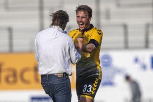 Bo Henriksen, cheftr�ner (AC Horsens), Alexander Ludwig (AC Horsens)