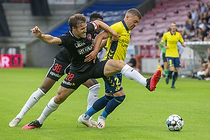 Erik Sviatchenko  (FC Midtjylland), Josip Radosevic (Br�ndby IF)