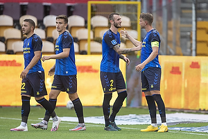 Andreas Maxs�, anf�rer (Br�ndby IF), Jens Martin Gammelby (Br�ndby IF)