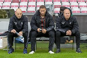 Jesper S�rensen, assistenttr�ner (Br�ndby IF), Martin Retov, assistenttr�ner (Br�ndby IF), Niels Frederiksen, cheftr�ner (Br�ndby IF)