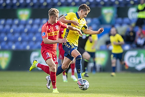 Mikael Uhre (Br�ndby IF), Martin Frese  (FC Nordsj�lland)