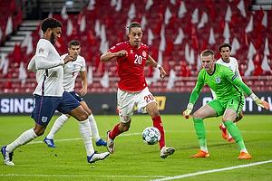 Yussuf Poulsen  (Danmark), Jordan Pickford  (England)