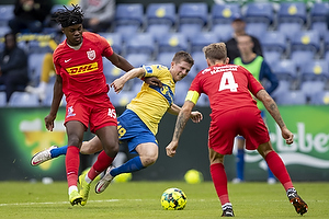 Morten Frendrup (Br�ndby IF), Tochi Chukwuani  (FC Nordsj�lland)
