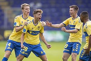 Jesper Lindstr�m, m�lscorer (Br�ndby IF), Sigurd Rosted (Br�ndby IF), Morten Frendrup (Br�ndby IF)