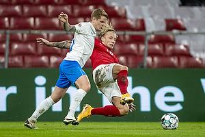 Daniel Wass  (Danmark), Ari Sk�lason  (Island)