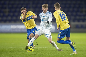 Mikael Uhre (Br�ndby IF), Victor Torp, spiller (Lyngby BK)