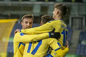 Andreas Bruus (Br�ndby IF), Jesper Lindstr�m, m�lscorer (Br�ndby IF), Lasse Vigen Christensen (Br�ndby IF)