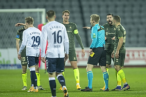 Andreas Maxs� (Br�ndby IF), J�rgen Daugbjerg Burchardt, dommer