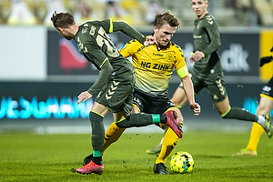 Simon Hedlund (Br�ndby IF), Alexander Ludwig, anf�rer (AC Horsens)
