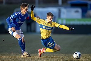 Mikael Uhre (Br�ndby IF), Kasper Enghardt, anf�rer  (Lyngby BK)