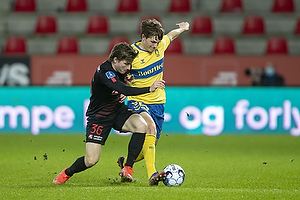 Peter Bjur (Br�ndby IF), Anders Dreyer  (FC Midtjylland)