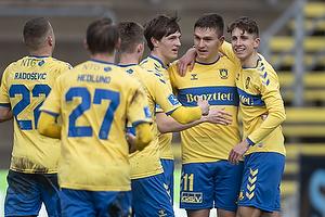 Mikael Uhre, m�lscorer (Br�ndby IF), Jesper Lindstr�m (Br�ndby IF), Peter Bjur (Br�ndby IF)