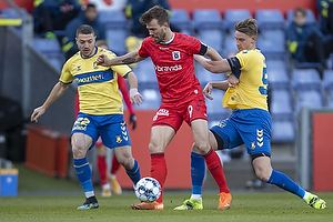 Andreas Maxs�, anf�rer (Br�ndby IF), Patrik Mortensen, anf�rer  (Agf), Josip Radosevic (Br�ndby IF)