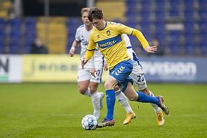 Jesper Lindstr�m (Br�ndby IF), Carlos Zeca, anf�rer  (FC K�benhavn)