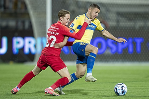 Josip Radosevic (Br�ndby IF), Andreas Schjelderup  (FC Nordsj�lland)
