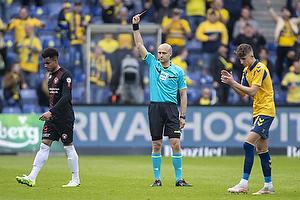 Peter Kj�rsgaard, Dommer, Paul Victor da Silva  (FC Midtjylland), Jesper Lindstr�m (Br�ndby IF)