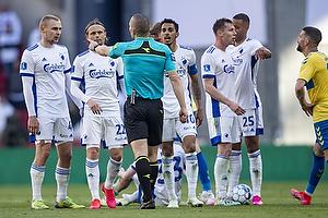 Victor Nelsson  (FC K�benhavn), Peter Ankersen  (FC K�benhavn), Carlos Zeca  (FC K�benhavn), Mads-Kristoffer Kristoffersen, dommer