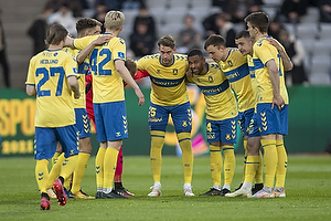 Andreas Maxs�, anf�rer (Br�ndby IF), Kevin Mensah (Br�ndby IF)