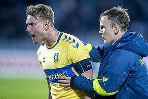 Andreas Maxs�, anf�rer (Br�ndby IF), Lasse Vigen Christensen (Br�ndby IF)