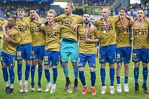 Kevin Mensah (Br�ndby IF), Jesper Lindstr�m (Br�ndby IF), Jagvir Singh  (Br�ndby IF), Oskar Fallenius (Br�ndby IF), Marvin Schw�be (Br�ndby IF), Anthony Jung (Br�ndby IF), Hj�rtur Hermannsson (Br�ndby IF), Peter Bjur (Br�ndby IF), Lasse Vigen Christensen (Br�ndby IF)