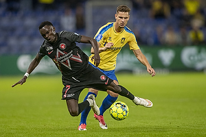 Pione Sisto  (FC Midtjylland), Andreas Bruus  (Br�ndby IF)