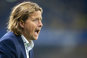 Bo Henriksen, cheftr�ner  (FC Midtjylland)