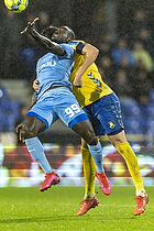 Al-Hadji Kamara  (Randers FC), Andreas Maxs�, anf�rer  (Br�ndby IF)