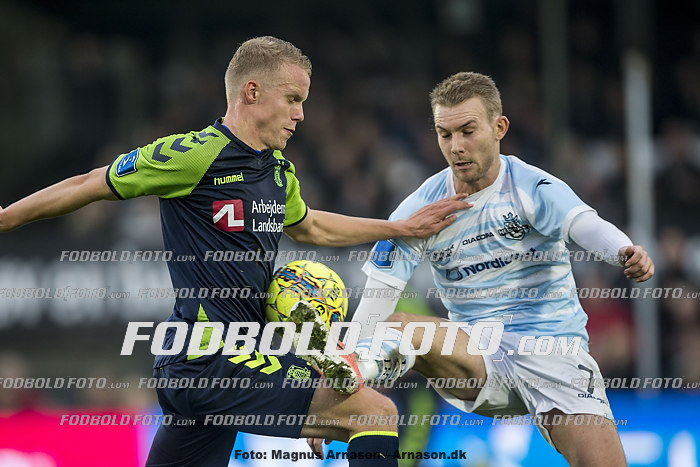 Hj�rtur Hermannsson (Br�ndby IF), Anders Holst (FC Helsing�r)