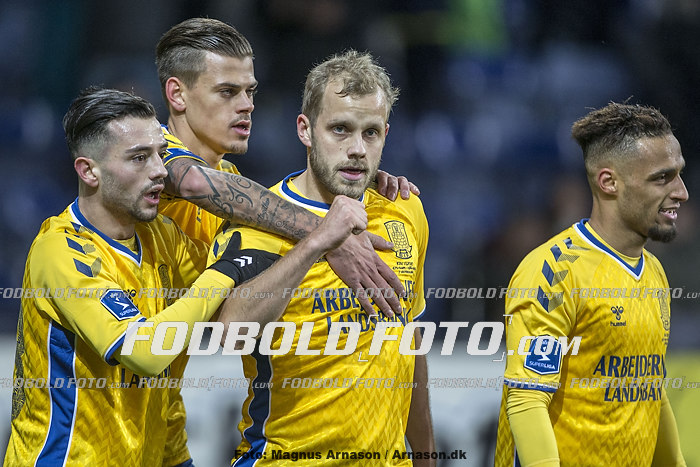 Besar Halimi (Br�ndby IF), Jan Kliment (Br�ndby IF), Teemu Pukki, m�lscorer (Br�ndby IF)