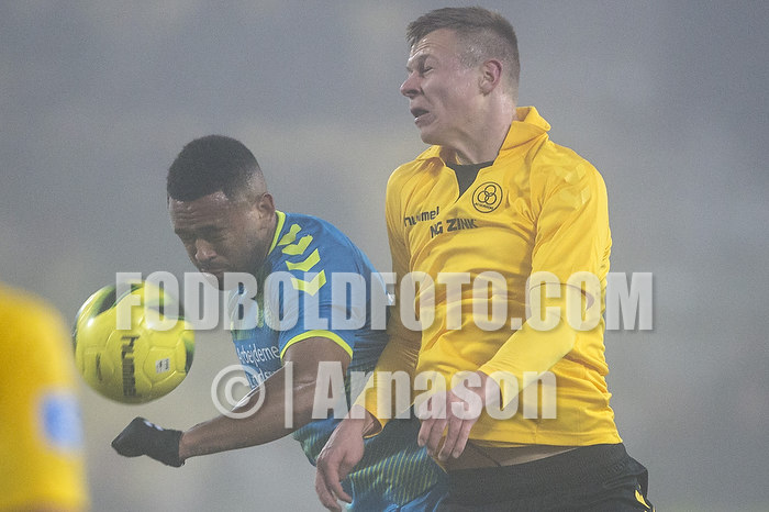 Kevin Mensah (Br�ndby IF), Mads Juel Andersen (AC Horsens)